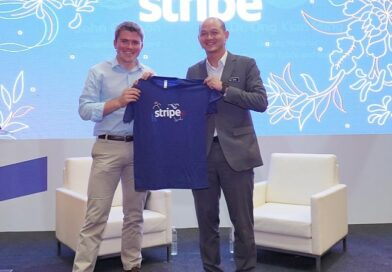 John Collison,president and co-founder of Stripe and YBOng Kian Ming, Deputy Minister of International Trade and Industry